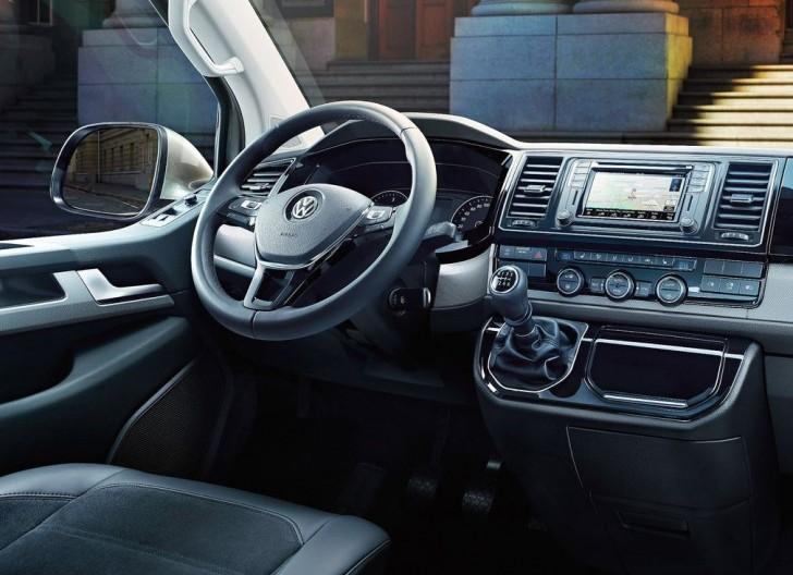 Volkswagen Transporter T6 2016 07