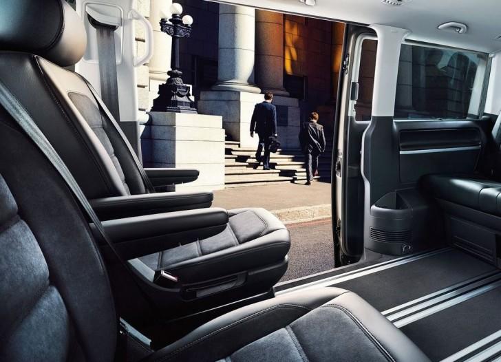 Volkswagen Transporter T6 2016 08