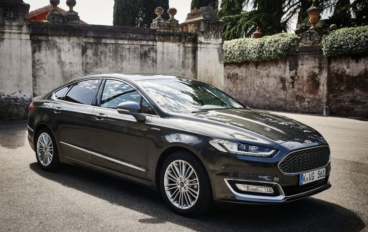 Ford Mondeo Vignale 2016 06