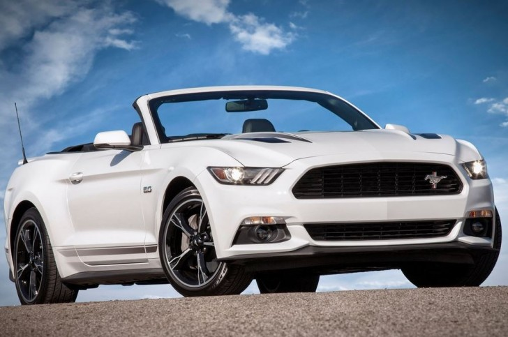 Ford Mustang 2016 01