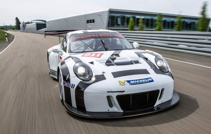 Porsche 911 GT3 R 2016 02