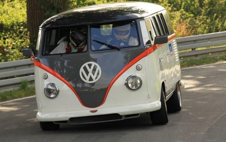VW T1 Race Taxi 2015 04