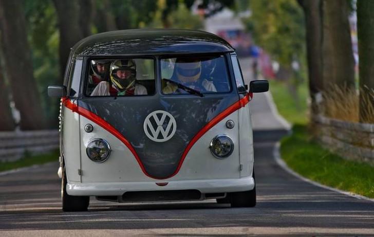 VW T1 Race Taxi 2015 10