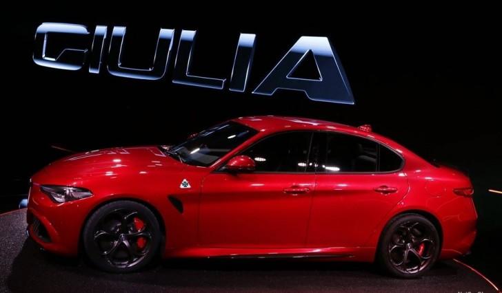 Alfa Romeo Giulia 2016 10