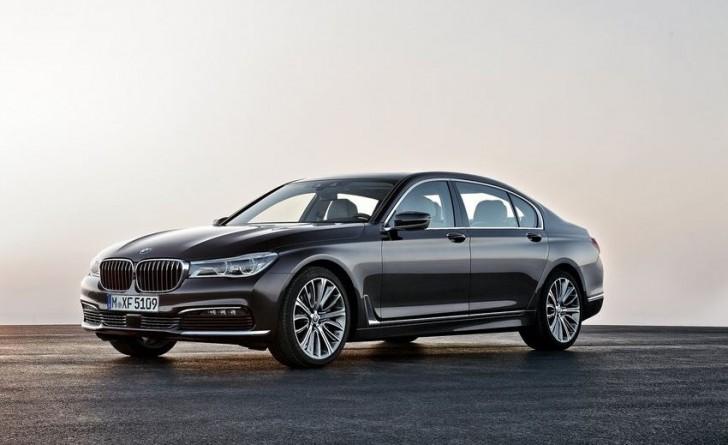 BMW 7-Series 2016 01