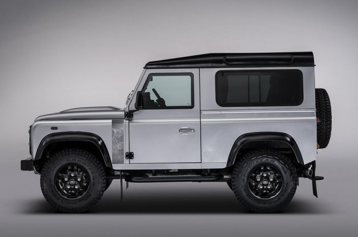 Land Rover Defender 2.000.000 2015 03