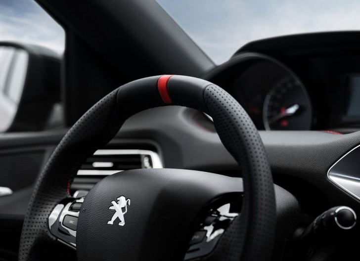 Peugeot 308 GTi 2016 12