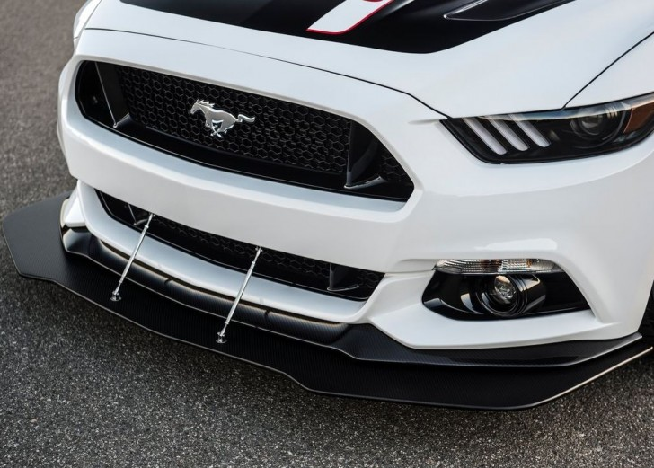 Ford Mustang GT Apollo Edition 2015 08