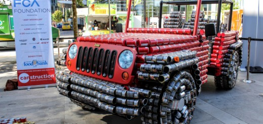 Jeep Wrangler made of cans 01