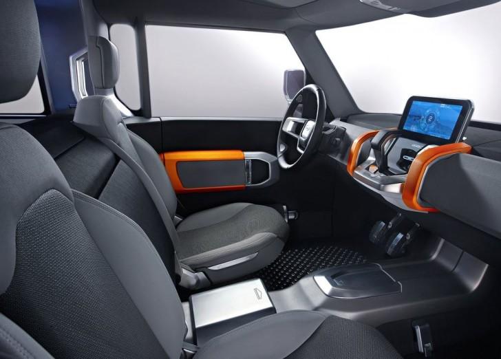 Land Rover DC100 Concept 13