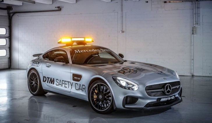 Mercedes-Benz AMG GT S DTM Safety Car 2015 02