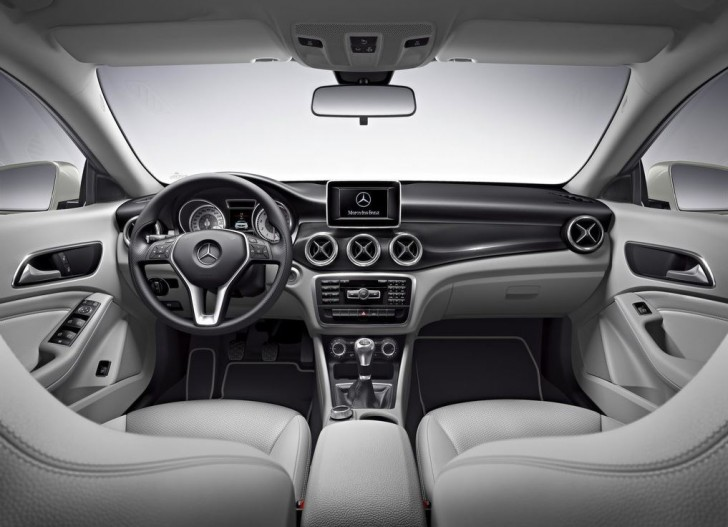 Mercedes-Benz CLA-Class 2014 13