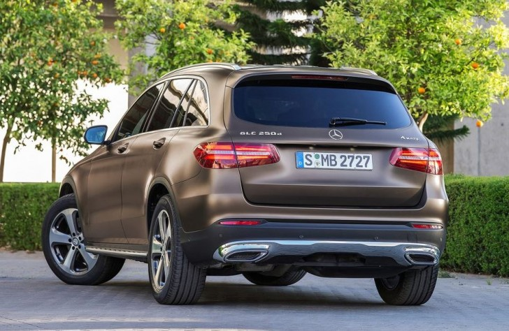 Mercedes-Benz GLC 2016 03
