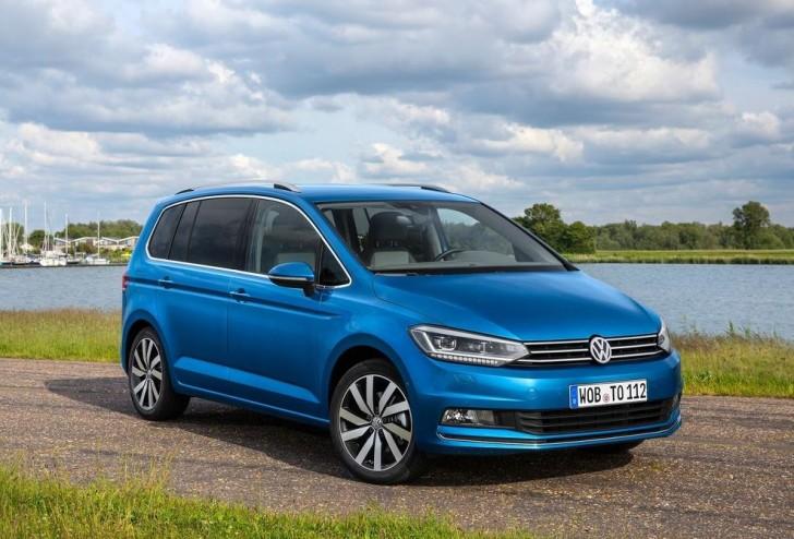 Volkswagen Touran 2016 03