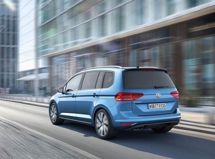 Volkswagen Touran 2016 10