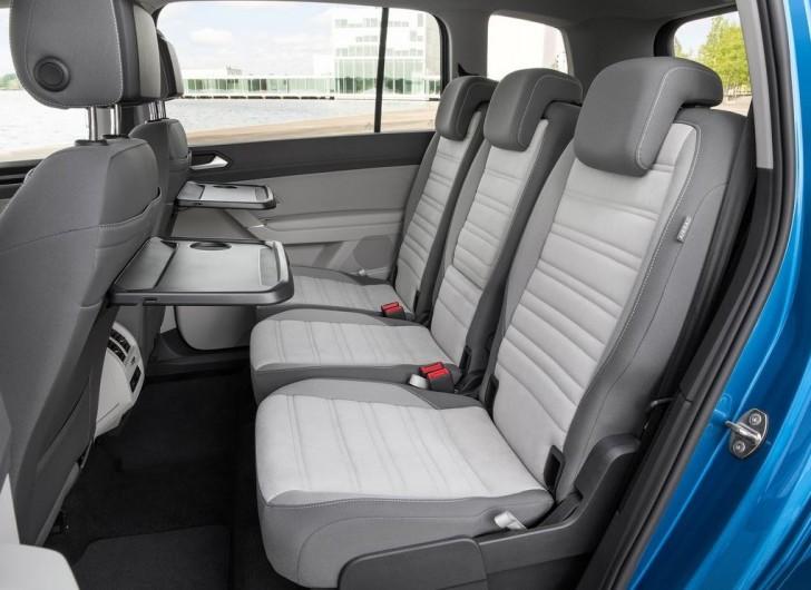 Volkswagen Touran 2016 14