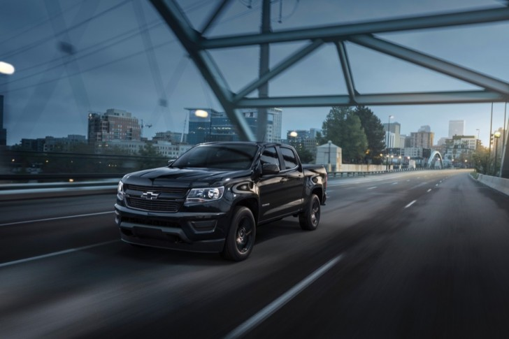 2016 chevrolet colorado midnight edition 04