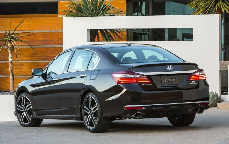 Honda Accord 2016 03