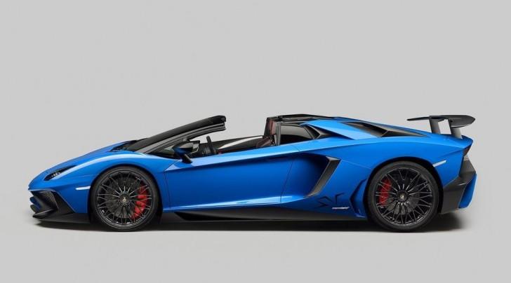 Lamborghini Aventador LP750-4 SV Roadster 2016 03