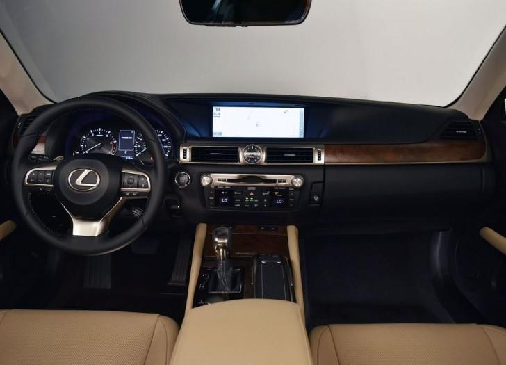 Lexus GS 200t 2016 06