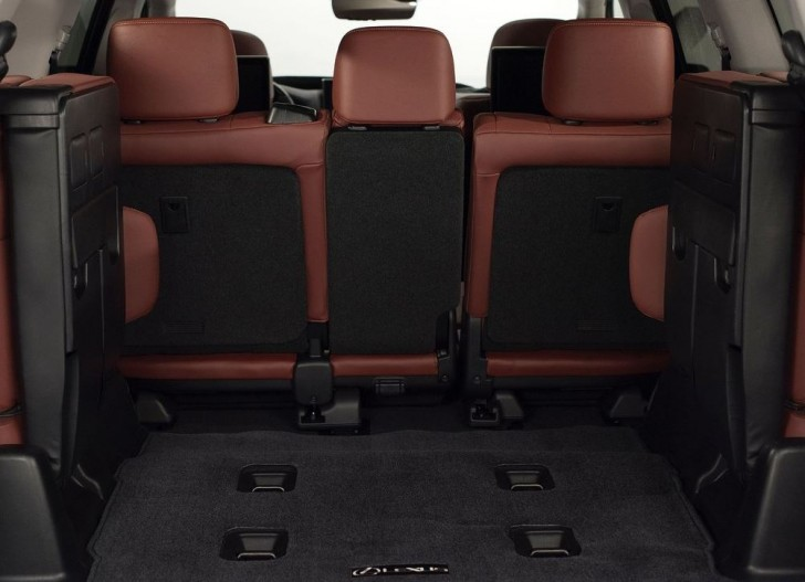 Lexus LX 570 2016 08