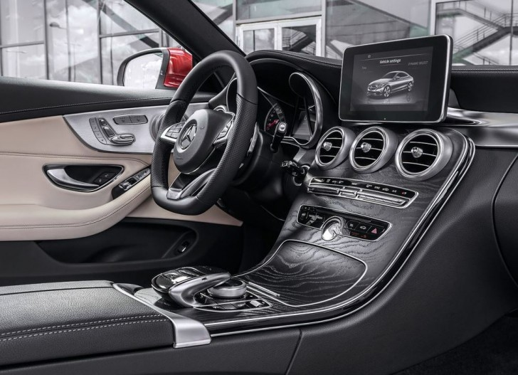 Mercedes-Benz C-Class Coupe 2017 08