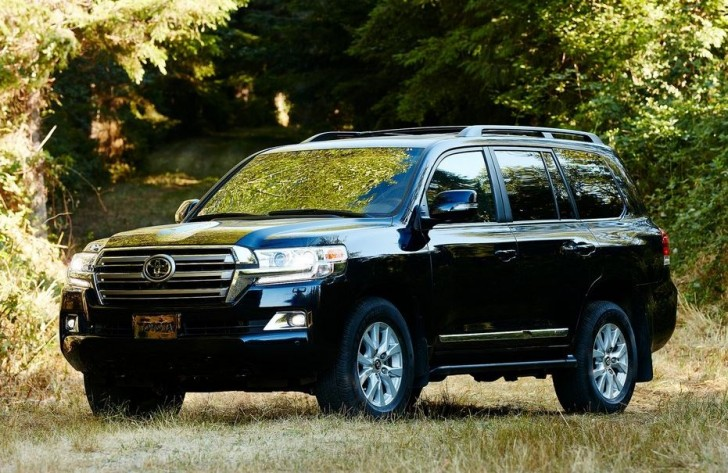 Toyota Land Cruiser 2016 04