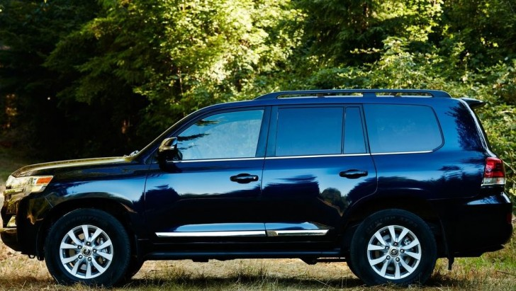 Toyota Land Cruiser 2016 05