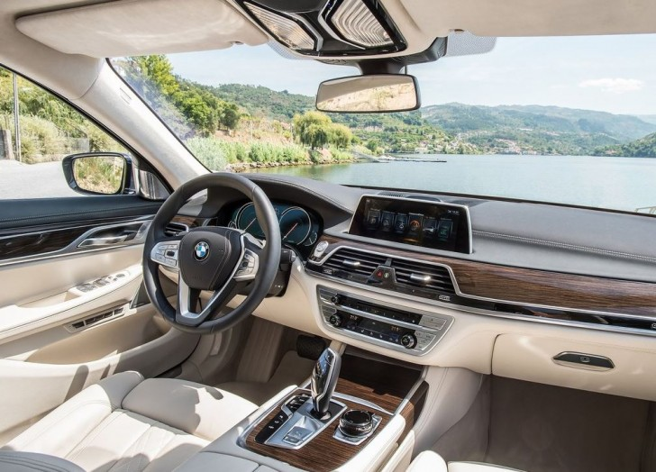 BMW 730d 2016 07