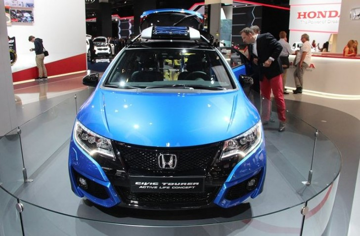 HONDA CIVIC TOURER ACTIVE LIFE CONCEPT 2015 02