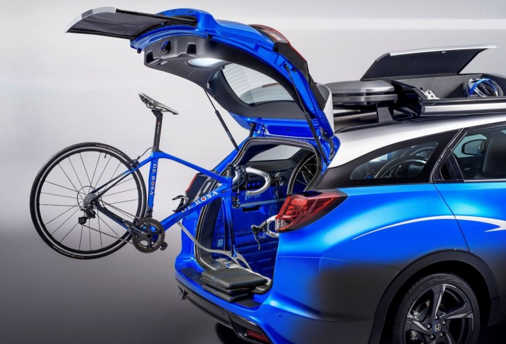 HONDA CIVIC TOURER ACTIVE LIFE CONCEPT 2015 09