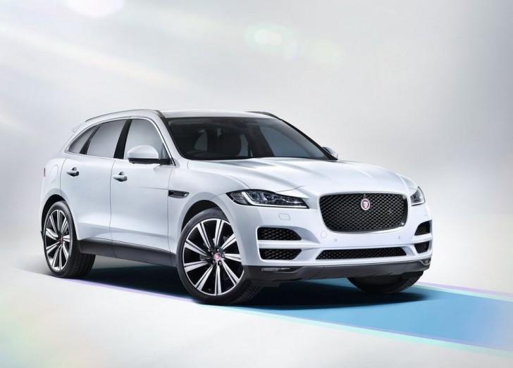 Jaguar F-Pace 2017 02