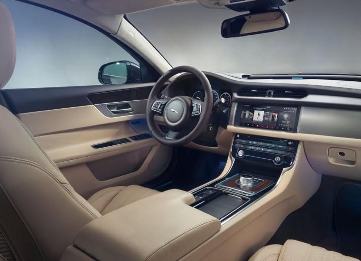 Jaguar XF 2016 06