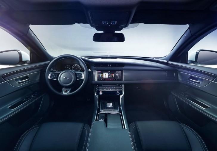 Jaguar XF 2016 07