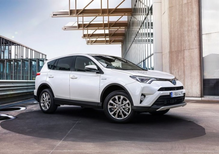 Toyota RAV4 Hybrid EU-Version 2016 04