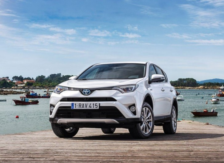 Toyota RAV4 Hybrid EU-Version 2016 06