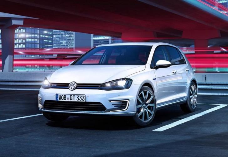 Volkswagen Golf GTE 2015 01