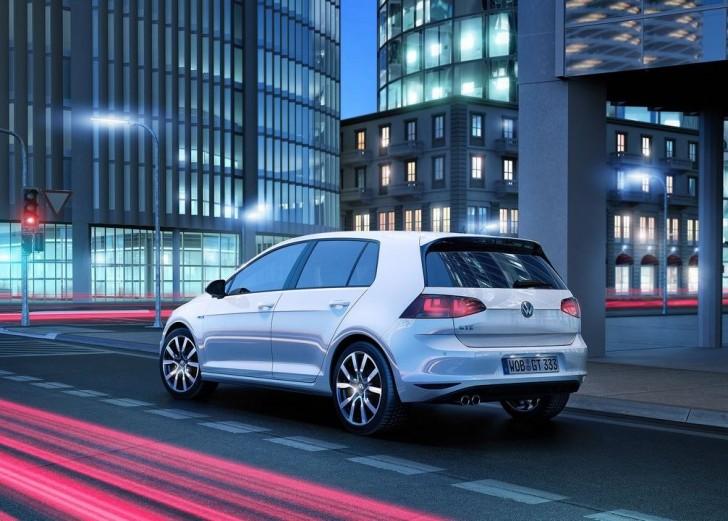 Volkswagen Golf GTE 2015 06