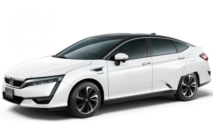 Honda Clarity Fuel Cell 2016 05