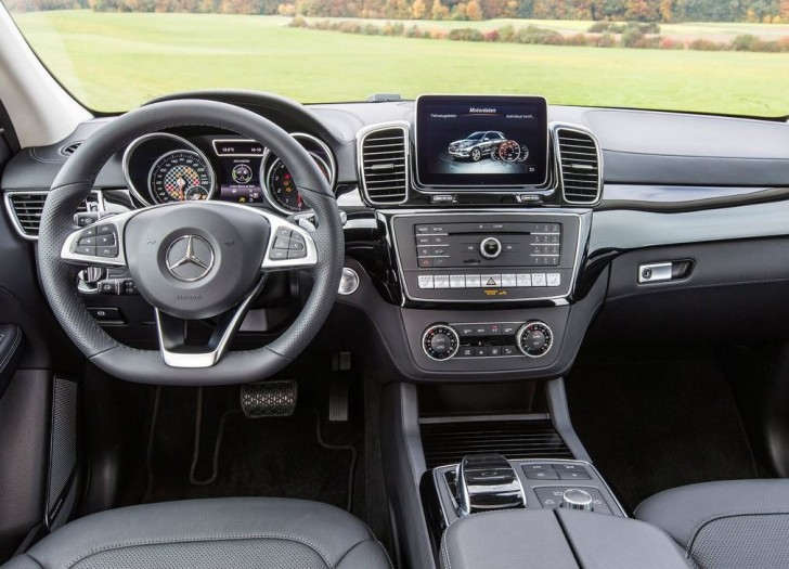 Mercedes-Benz GLE450 AMG 4Matic 2016 06