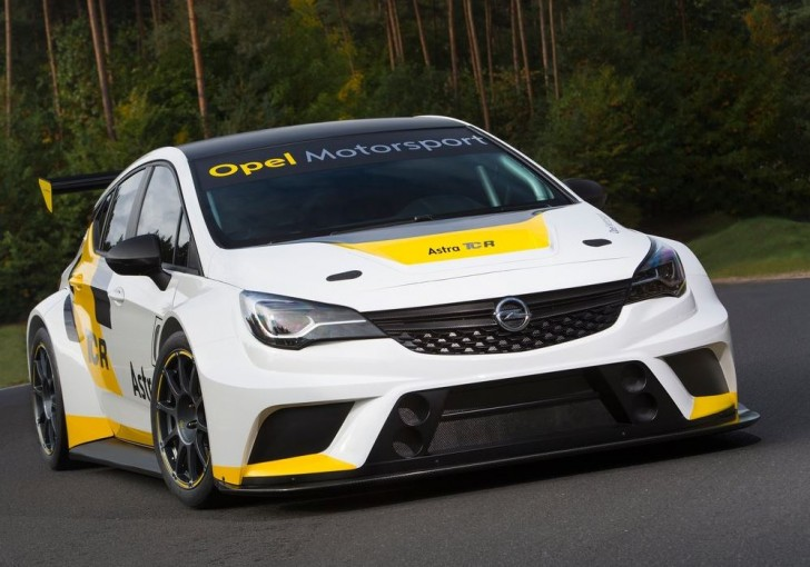 Opel Astra TCR 2016 01