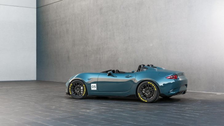 Mazda MX-5 Spyder and MX-5 Speedster concepts 2015 03