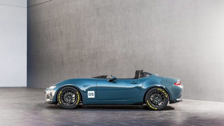 Mazda MX-5 Spyder and MX-5 Speedster concepts 2015 04