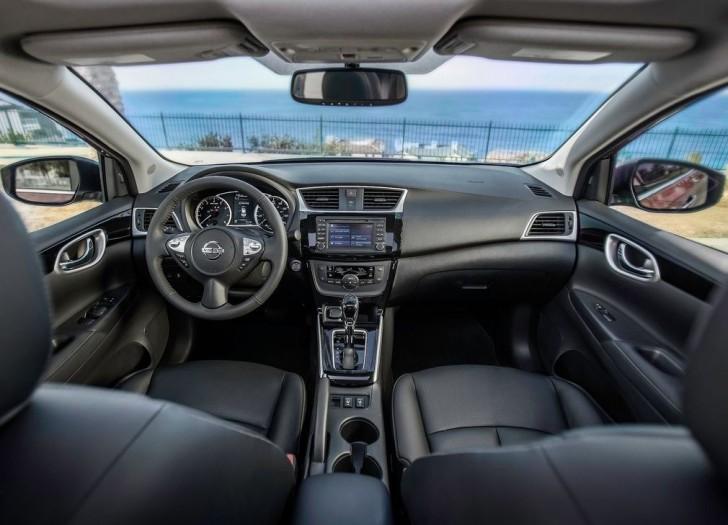 Nissan Sentra 2016 08