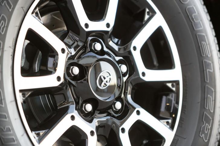 Toyota-Tundrasine-5