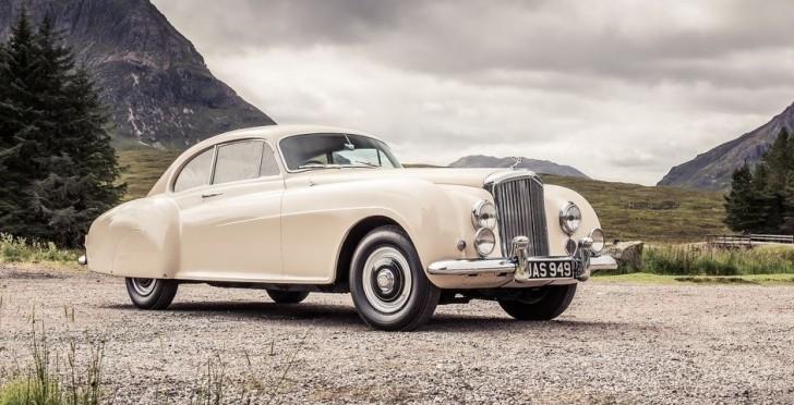 Bentley R-Type Continental 1953 01