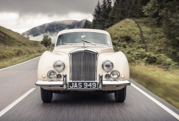 Bentley R-Type Continental 1953 02