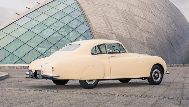 Bentley R-Type Continental 1953 04