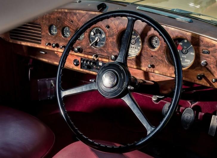 Bentley R-Type Continental 1953 07