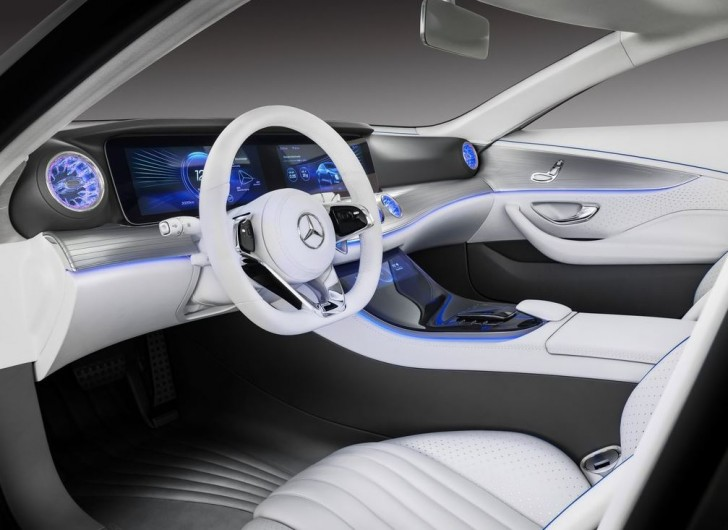 Mercedes-Benz IAA Concept 2015 06
